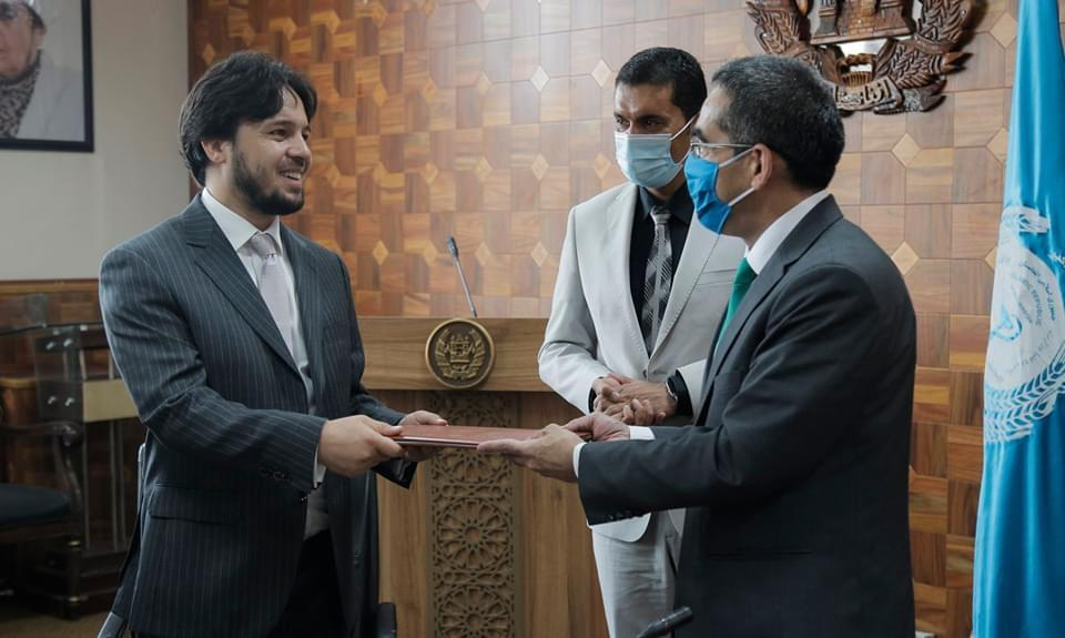 """DV has signed the contract for the """"Third Party Monitoring Project"""" of Health Facilities Construction throughout Afghanistan with H.E Minister of Public Health"""